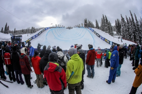 A crowd gathers by the half-pipe at Copper Mountain.